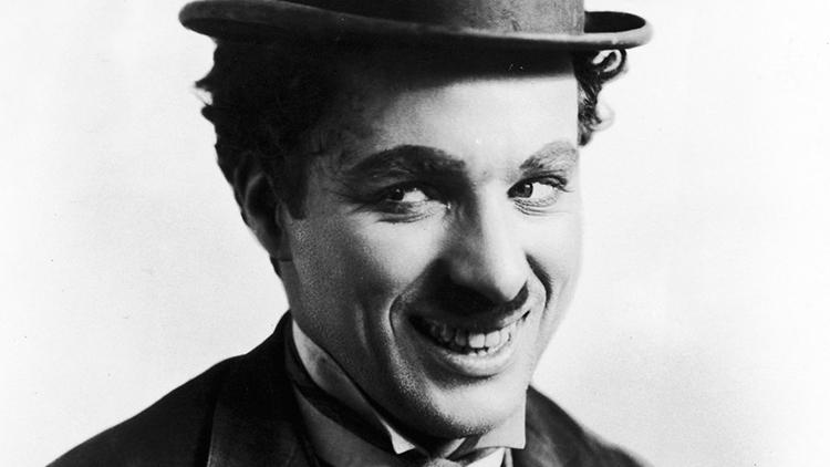 Selbstliebe in 3 Minuten mit Trainer Charlie Chaplin